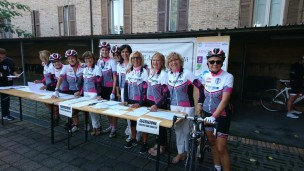 Ogni anno un gruppo di inglesi viene nella nostra provincia per passione per il ciclismo (e quest'anno anche per beneficenza)