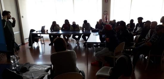 Cgil Pesaro insegna ai migranti le regole del lavoro