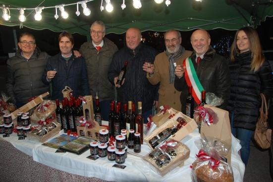 A Montecchio di Vallefoglia si replica la Mostra Mercato dell'Olio Nuovo e del Tartufo Pregiato con Il Natale che non ti aspetti