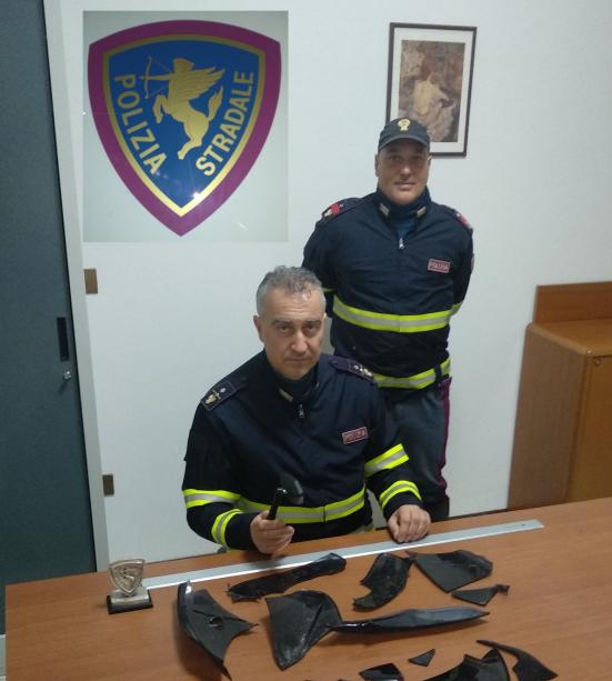 """Dopo 27 giorni di indagine, individuato il """"pirata della strada"""" che ha investito e ferito due persone a Pesaro il 21 dicembre"""