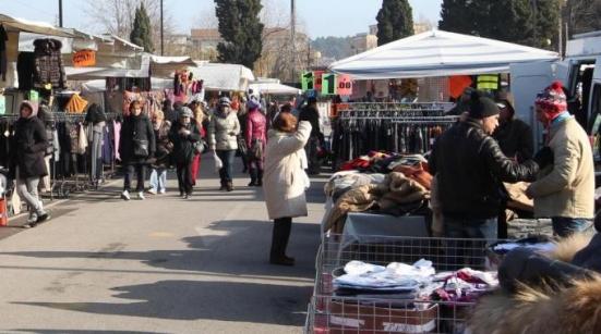 Annullato il mercato della domenica, non quello del martedì: ecco perché