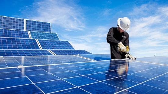 Energie rinnovabili: ecco un corso per diventare tecnico specializzato