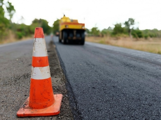 A Vallefoglia continuano i lavori di asfaltatura delle strade