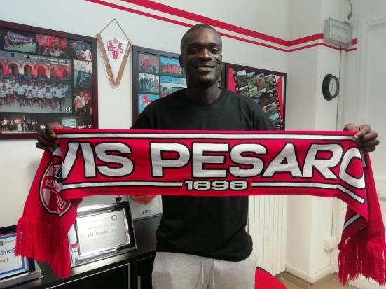 Bismark Ngissah torna alla Vis Pesaro: contratto fino al 30 giugno 2021 per l'attaccante classe 1998