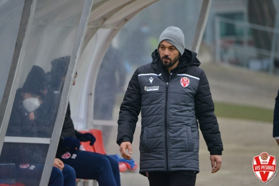 """Fermana - Vis chiude il 2020, mister Di Donato: """"Andremo là per i 3 punti, nel calcio non si gioca per il pareggio"""""""