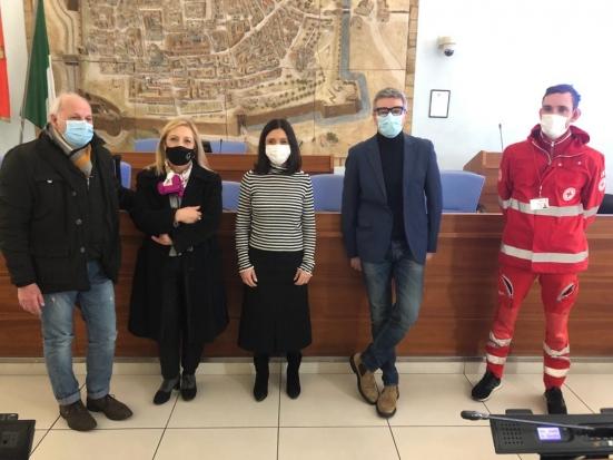 Al via lo screening di studenti e personale scolastico a Pesaro: domani si parte da Mengaroni, Cecchi e Campus