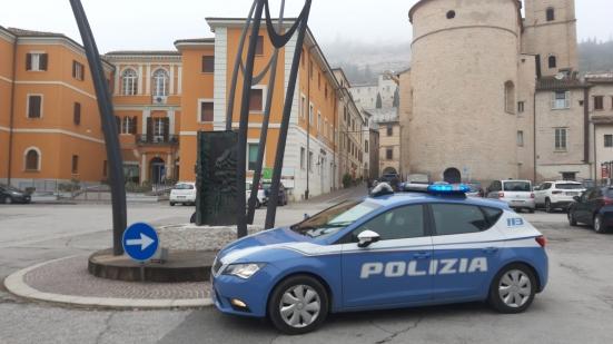 Coinvolti in oltre 100 episodi di spaccio nel forsempronese, a Urbino e Acqualagna: arrestata coppia residente a Fossombrone