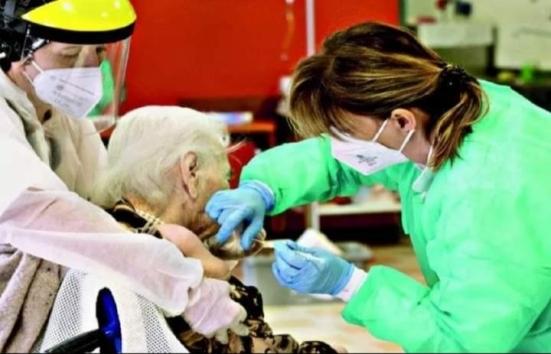 """Appello dei sindacati pensionati Cgil Cisl e Uil: """"Non dimenticate le persone fragili"""""""