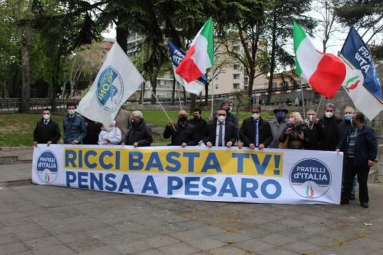 """""""Ricci basta tv! Pensa a Pesaro"""": manifestazione questo pomeriggio di Fratelli d'Italia"""