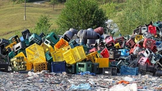 """Abbandono dei rifiuti, Marche Multiservizi: """"Riceviamo segnalazioni tutti i giorni, un fenomeno in crescita"""""""