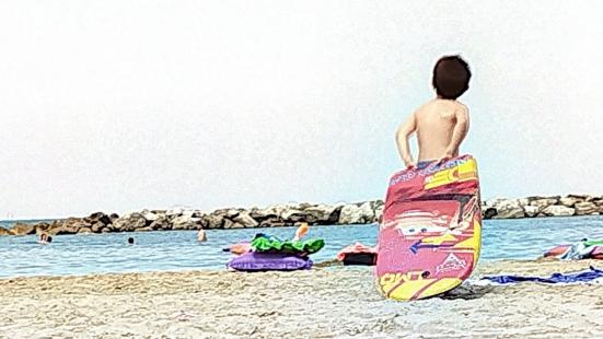 """""""Spiaggia Libera. Arte, Fotografia, Ricerca"""": mostra collettiva a Pesaro con i lavori di 30 artisti"""