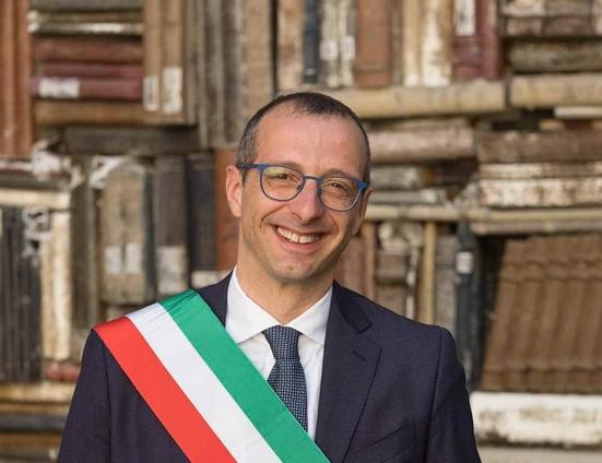 Matteo Ricci traccia un bilancio dei sette anni da sindaco di Pesaro con un evento in Piazza del Popolo
