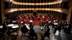 """Venerdì a Pesaro per """"Miralteatro d'Estate"""" il concerto della Filarmonica Gioachino Rossini"""