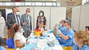 """Vaccini, sottosegretario Costa: """"Nelle Marche è stato fatto un lavoro straordinario, sopra la media nazionale"""""""