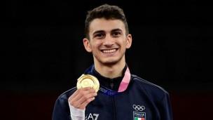 """La prima medaglia d'oro italiana Vito Dell'Aquila: """"Mi sono vaccinato per le Olimpiadi di Tokyo, fatelo tutti"""""""