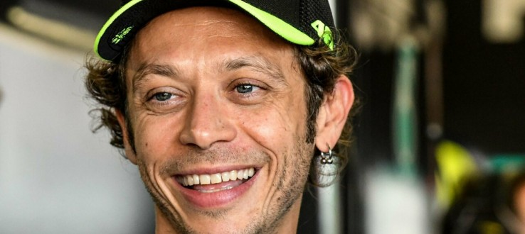 Valentino Rossi si ritirerà al termine della stagione in corso: «È stata una decisione difficile»
