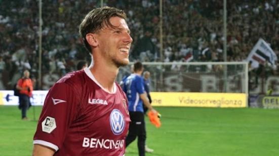 Dalla Reggina alla Vis Pesaro, il terzino classe '87 Matteo Rubin vestirà biancorosso (110 presenze in Serie A)