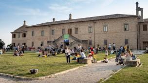 """""""Banca & Famiglia"""", consegnati i bonus bebè lo scorso weekend alla Villa del Balì di Colli al Metauro"""